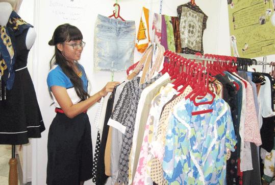 Tips Bisnis Baju Bekas